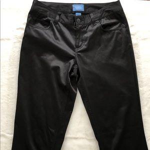 Simply Vera by Vera Wang black pants.